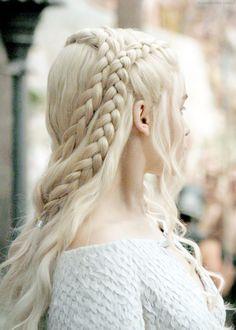 Game of Thrones Hochzeit Brautstyling Danaerys Foreverly # viking Braids aesthetic Pretty Hairstyles, Braided Hairstyles, Wedding Hairstyles, Game Of Thrones, Kahleesi Hair, Emilia Clarke, Hair Game, Laura Lee, Her Hair