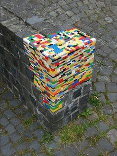 Instalação artística - intervenção urbana com Lego - Jan Vormann