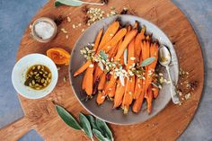 Bookmark this for Thanksgiving. Honey Roasted Carrots, Cooked Carrots, Roasted Sweet Potatoes, Healthy Soup Recipes, Healthy Gourmet, Carrot Recipes, Fall Recipes, Healthy Eating