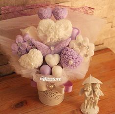 Mor Buket Cupcake Boxes, Soap Making, Body Wash, Soaps, Bath And Body, Diy And Crafts, Mandala, Bouquet, Crafting
