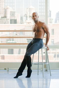 How I Got My Body: Alvin Ailey Dancer Glenn Allen Sims Doesn't Eat Dinner but Will Finish an Entire Pint of Ice Cream: The Daily Details: Blog : Details