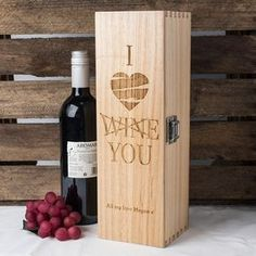 **vino w/grape design and personalized**Personalised Luxury Wooden Wine Box - I Love Wine, You | GettingPersonal.co.uk