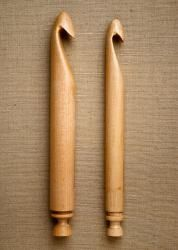 Handmade of maple by Ohio craftsman John Higgins, these beautiful hooks are a pleasure to work with and are great for crocheting rugs, scarves, garments and pillows.  Each hook is packaged in a gift box and includes a satin drawstring pouch to protect the hook.  These 9-inch hooks are the perfect tool to use with Bag Smith's Big Stitch Alpaca Yarn.