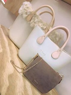 ♥ Trendy Handbags, Best Handbags, Pandora Bag, Fashion Bags, Fashion Trends, Candy Bags, Hobo Bag, Purses And Bags, Shoulder Bag