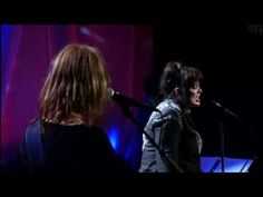 Recorded in Seattle, during the last show of their 2002 Summer Of Love Tour, sisters Ann and Nancy Wilson and company put on one fantastic performance. New members of the group include Scott Olson on guitar (longtime guitarist Howard Leese is no longer with the band), Mike Inez on bass guitar, Ben Smith on drums and Tom Kellock on keyboards.