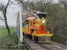 Miniature Railroad - Fort Worth, Texas - things for kids to do in Fort Worth