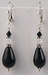 IDEA: Classic Black Earrings (eebeads.com) #bijouterie