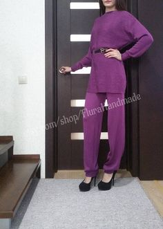 Knitted trousers suit