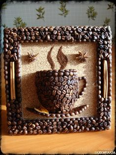 Risultati immagini per manualidades con cafe Diy Home Crafts, Diy Arts And Crafts, Crafts For Kids, Coffee Bean Art, Coffee Beans, Cork Crafts, Paper Crafts, Diy Para A Casa, Seed Art