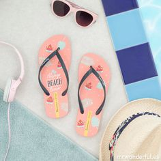 """With these Ipanema flip-flops, you're going to be the belle of the ball from head to toe because the design of these babies just couldn't be cuter. """"Always beach time"""" is going to become your summertime motto and all you're going to want to do is go to Ipanema Flip Flops, Chanclas Ipanema, Rubber Flip Flops, Coral, Mr Wonderful, Recycling, Waves, Footwear, Sandals"""