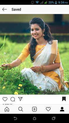 Girl Photo Poses, Girl Photos, Patiyala Suit, Saree Poses, Girls Frock Design, Samantha Photos, Kerala Saree, Frocks For Girls, Beautiful Girl Indian