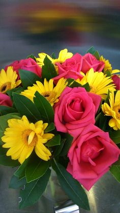 Yellow fuxia arrangement