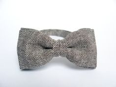 Men's Bow Tie by BartekDesign light brown by BartekDesign on Etsy, €20.50. The Netherlands