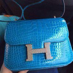 39ce827c19fc constance size18  crocodile  bleu izmir  Hermeshandbags Hermes Constance