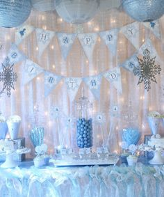 Not sure when I'd ever have a party fancy enough for this Winter Wonderland theme, but I love it.