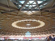 Fupicsa - Ceiling Las Arenas Barcelona Richard Rogers, Ceiling Lights, Patterns, Architecture, Home Decor, Barcelona City, Architects, Block Prints, Arquitetura