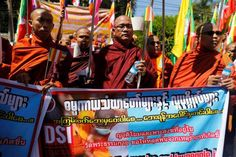 Myanmar Buddhists decry Thai governmenttemple crackdown