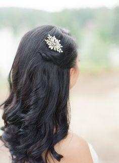 Glam jeweled bridal hair pin: http://www.stylemepretty.com/oregon-weddings/lake-oswego/2015/12/15/elegant-botanical-inspired-oregon-wedding/ | Photography: Twah Dougherty - http://twahdougherty.com/