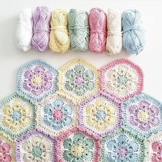 38 ideas for crochet afghan blanket african flowers Crochet Squares, Crochet Blanket Patterns, Baby Knitting Patterns, Baby Blanket Crochet, Crochet Motif, Crochet Stitches, Quilt Patterns, Granny Squares, Afghan Blanket
