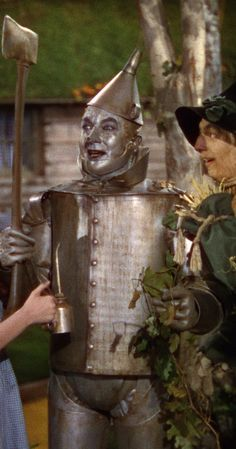 The Wizard of Oz Judy Garland, Ray Bolger, Jack Haley as Dorothy Gale, The Scarecrow, The Tin Man Wizard Of Oz Characters, Wizard Of Oz Movie, Wizard Of Oz 1939, Tin Man Costumes, Ray Bolger, The Witches Of Oz, Land Of Oz, Yellow Brick Road, Judy Garland