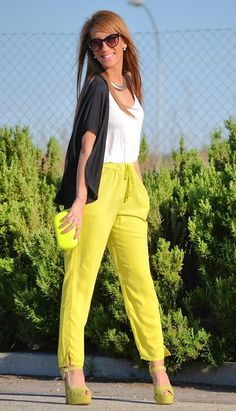 Summer season is the most important time when designer are enthralled to present their stylish and high fashion designs to their customers. Neon Pants, Bright Pants, Neon Shorts, Neon Outfits, Casual Outfits, Cute Outfits, Amazing Outfits, Summer Outfits, Fashion 101