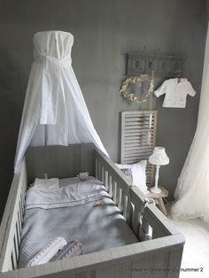 Landelijke babykamer Nursery Furniture, Nursery Room, Boy Room, Kids Bedroom, Nursery Decor, Modern Cottage Style, Baby Zimmer, Expecting Baby, Home And Living