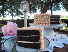 Chiffon Cake de Chocolate y Agua de Rosas