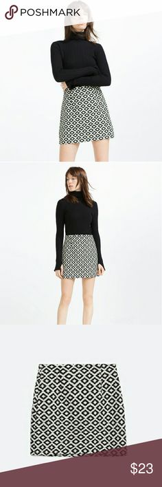 """NWT Zara Jacquard Skirt NWT beautiful Zara Jacquard skirt.  So versatile, can be worn to a formal event, with tights to the office or play it up with boots and a crop top. Material is 76% cotton and 24% Polyester so it holds its shape and is machine washable. 😊  Waist 14"""" lying flat  Legnth 16"""" Zara Skirts"""