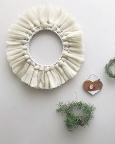 Fluffy white macramé wreaths perfect for the festive season. Come and learn how to make a macramé wreath and other macramé Christmas decorations with me, click below to see all workshops dates. Macrame Projects, Christmas Decorations, Holiday Decor, Dates, Festive, Workshop, Wreaths, Wall, How To Make