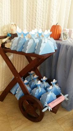 Cinderella Birthday Party Ideas | Photo 7 of 19 | Catch My Party