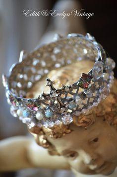 Statue Crown Rhinestones Santos Vintage Jewelry by edithandevelyn, $35.00