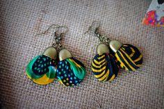 Boucles d'Oreille en tissu africain Wax Fabric Earrings, Fabric Beads, Diy Earrings, Diy Necklace, African Earrings, African Jewelry, Textile Jewelry, Fabric Jewelry, Diy Jewelry Projects