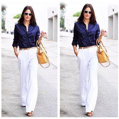Pantalona e blusa azul marinho . . . . . . . .  #advogadacomestilo #advogata #advogada #work #lookoftheday #looktrabalho #lookdetrabalho #lawyer #law #ootd #fashion #fashionista #look #direito #moda #estilo #escritorio #office #bomdia