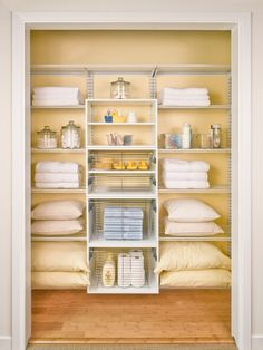How to Declutter Your Home in 31 Days