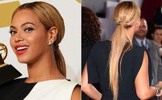 Quem também encarou esse penteado minimalista-chic foi Beyoncé! Assim como Kelly, ela esconde o elástico do rabo de cavalo com o próprio cabelo.