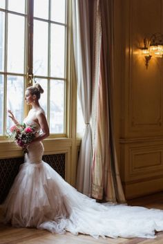 Gorgeous wedding dress idea; photo: Kristin La Voie Photography