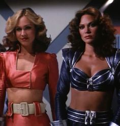 """How bout the feathered hair! Erin Gray & Pamela Hensley on """"Buck Rodgers in… Erin Gray, Sci Fi Tv Series, Sci Fi Tv Shows, Space Tv Series, Pamela Hensley, Buck Rodgers, Science Fiction, Image Film, Cinema Tv"""
