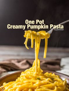 One Pot Creamy Pumpkin Pasta is a family favorite and ready in less than 20 minutes! No cream at all! Cheesy and with a subtle garlic flavor.