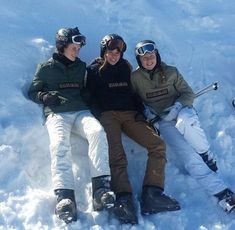 Chalet Girl, Ski Sport, Cocoon, Ski Season, Winter Pictures, Cute Friends, Best Friend Goals, Ski And Snowboard, Friend Pictures