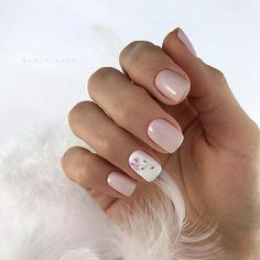 30 Pretty Pink White Nail Art Designs 2019 The color is very important in any visual designs, so is Pink White Nails, White Nail Art, Pink Nails, Oval Nails, Stylish Nails, Trendy Nails, Cute Nails, Elegant Nails, White Nail Designs
