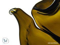 Crazioni con bottiglie di vetro riciclate Artworks made by recycled glass bottles