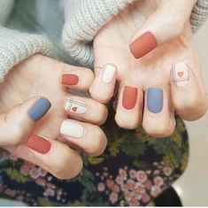 Nail art Christmas - the festive spirit on the nails. Over 70 creative ideas and tutorials - My Nails Cute Acrylic Nails, Cute Nail Art, Matte Nails, My Nails, Glitter Nails, Korean Nail Art, Korean Nails, Nail Swag, Stylish Nails