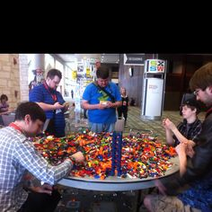 Makers & tinkerers @ SXSW love it!