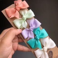 Making Hair Bows, Diy Hair Bows, Bow Hair Clips, Hair Ribbons, Ribbon Bows, Baby Bows, Baby Headbands, Diy Shrink Plastic Jewelry, Baby Girl Hair Accessories