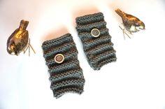 Urban  Fingerless gloves Grey hand warmers by ValerieBaberDesigns
