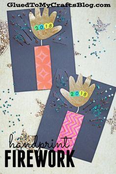 Paper Handprint Firework – Super Easy New Year's Eve Kid Craft - Neujahr Ideen Cute Kids Crafts, Daycare Crafts, Winter Crafts For Kids, Classroom Crafts, Paper Crafts For Kids, Baby Crafts, Toddler Crafts, Preschool Crafts, Fireworks Craft For Kids
