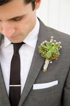 Clean look: skinny black tie + simple tie clip and white pocket square.