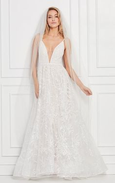 Shop Wtoo by Watter's collection of unique, modern, yet feminine wedding dresses. a&bé bridal shop is an official Wtoo by Watters wedding dress retailer. Wtoo Bridal, Blush Bridal, Unique Bridesmaid Dresses, Bridal Wedding Dresses, Lace Wedding, Vows Bridal, Dream Wedding, Wedding Hair, Wedding Stuff