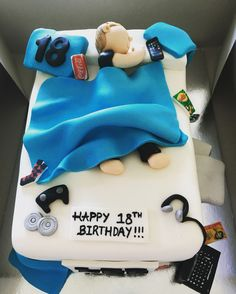 Teenage Bed Cake Cake Design Bed Cake Boys 16th Birthday Cake