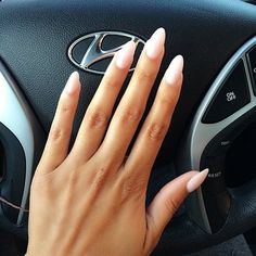 almond nails... This nail shape is starting to grow on me... Hmm